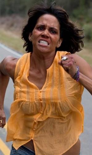 Halle Berry em 'O sequestro' Foto: Divulgação
