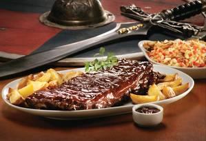 A costelinha com barbecue do Vikings (2238-6633) custa R$ 75 Foto: Divulgação/Paul Cocken