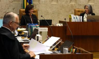 Raquel Dodge participa pela primeira vez de sessão no STF como procuradora-geral da República Foto: Givaldo Barbosa / Agência O Globo