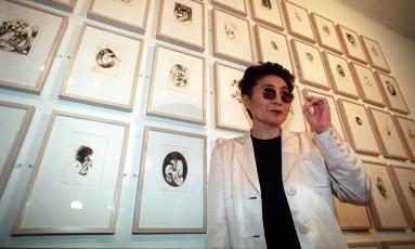 Yoko Ono: ameaça legal à empresa de bebidas Foto: Sergio Marques / Agência O GLOBO