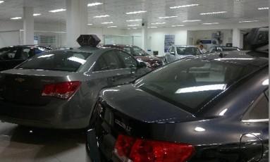 Benefício da isenção tributária, que se pretende obrigar a divulgar, se aplica somente aos veículos 0km Foto: Arquivo