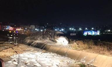 Aeronave após acidente em aeroporto de Istambul Foto: Reprodução