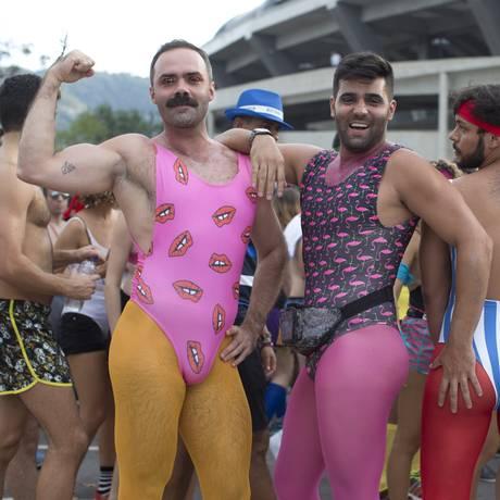 O bloco Bunytos de Corpo faz festa no Parque Lage Foto: Márcia Foletto