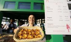 Pastéis de nata viraram a sensação do público da tenda eletrônica no Rock In Rio Foto: Roberto Moreyra / Agência O Globo
