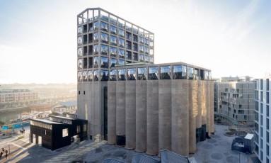 Vista externa do The Zeitz Museum of Contemporary African Art, o maior museu de arte contemporânea da África, que abriu nesta sexta-feira (22/9) em Cape Town Foto: Iwan Baan / Divulgação South Africa
