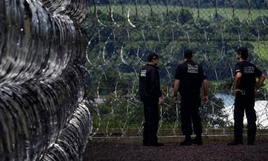 Controle. Penitenciária de Catanduvas, no Paraná, uma das quatro unidades do sistema penitenciário federal Foto: Marizilda Cruppe 07-12-2010 / Agência O Globo