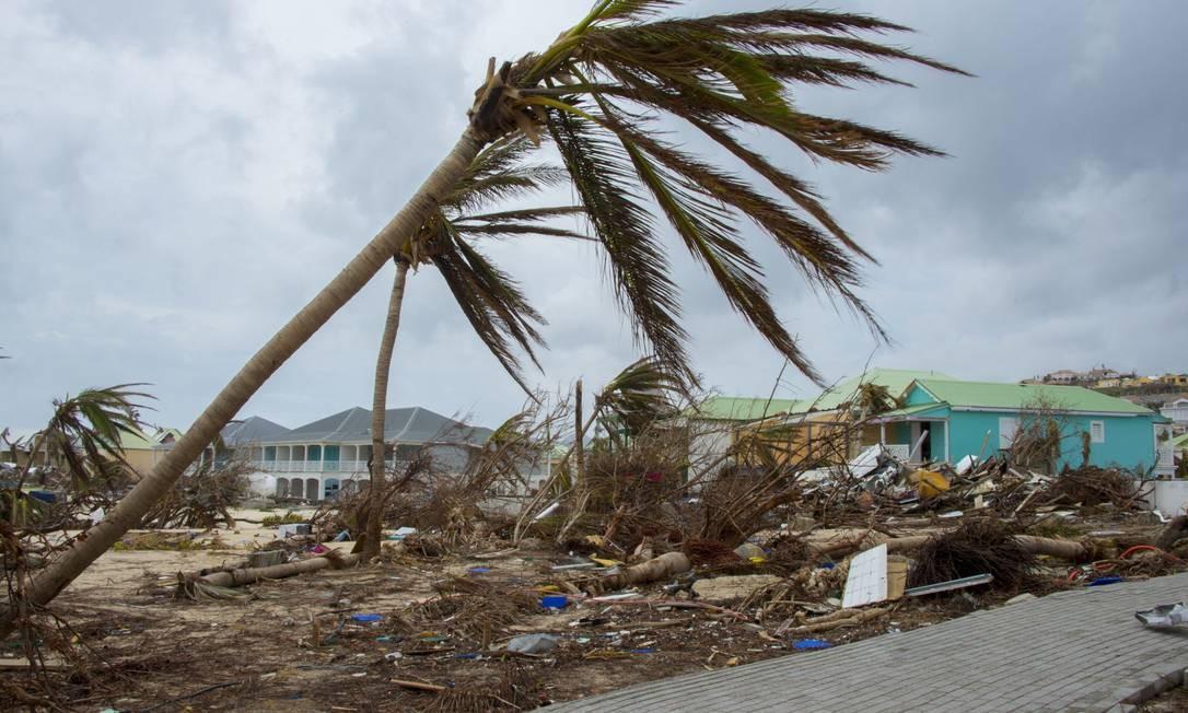 Casas destruídas pelo furacão Maria em St. Martin Foto: HELENE VALENZUELA / AFP