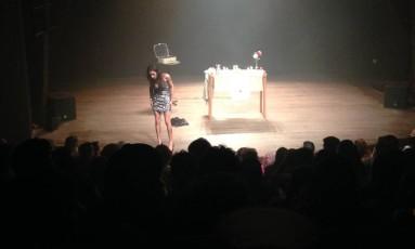 Cena da peça 'O Evangelho Segundo Jesus, Rainha do Céu' Foto: Vicente Carpinejar