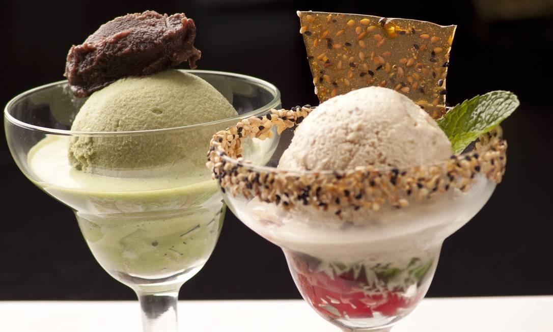 Ten Kai. A casa oferece dois sabores e refrescantes: o Matcha Ice (R$ 28), sorvete de chá verde com anko, doce de feijão azuki; e o Goma Ice (R$ 26) sorvete de gergelim. Rua Prudente de Moraes 1.810, Ipanema (2540-5100). Seg a sex, do meio-dia às 16h e das 19h à 1h. Sáb, das 13h à 1h. Dom e feriados, das 13h à meia-noite. Foto: Bruno Basa / Divulgação