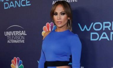 A cantora Jennifer Lopez posa para fotos em um evento em Hollywood Foto: MARIO ANZUONI / REUTERS