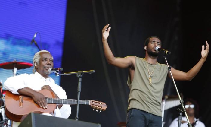 Mateus Aleluia e Banda Sinara Foto: BARBARA LOPES / Agência O Globo