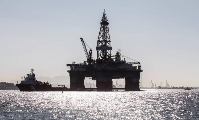 Petrobras tem fôlego para leilões de petróleo apesar de dívida, diz Parente