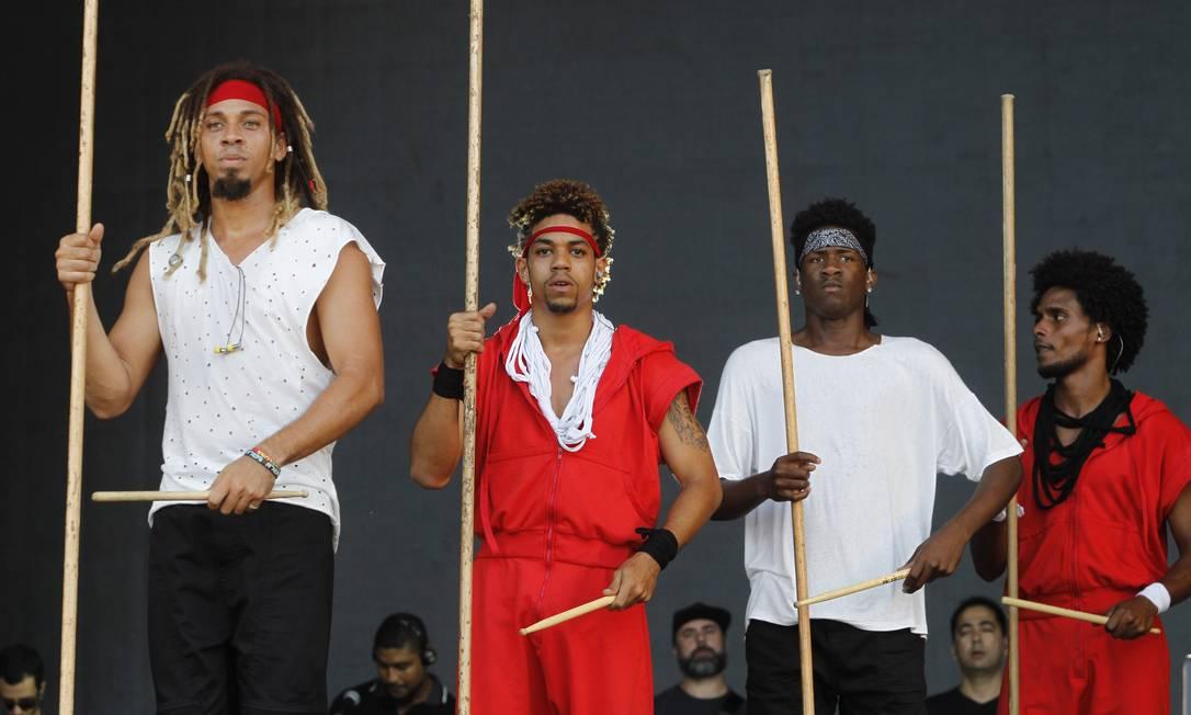 Evocando o Olodum, Quebales faz referencia à Bahia e à negritude. Foto: Pedro Teixeira / Agência O Globo