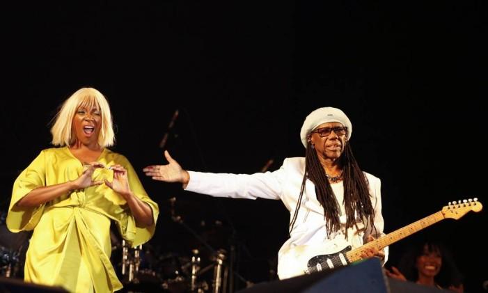 Nile Rogers & The Chic fizeram uma dos melhores shows do festival Foto: Barbara Lopes / Agência O Globo