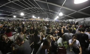 Área de alimentação do Rock in Rio Foto: Alessandro Cassiano