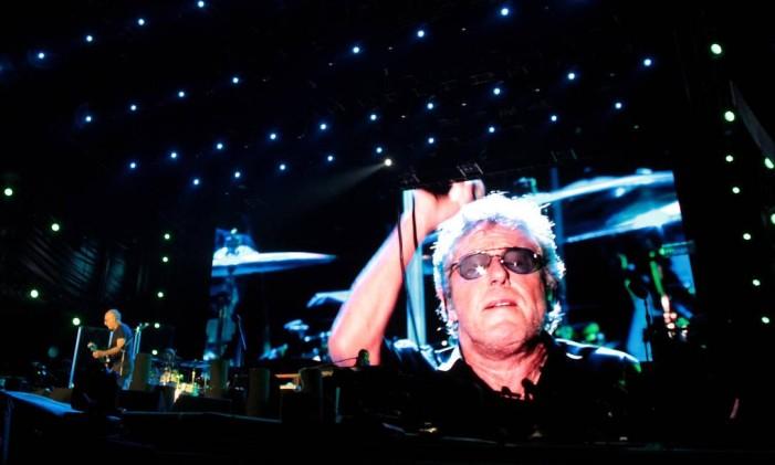 The Who em seu primeiro show no Rio, na penúltima noite do festival Foto: Marcelo Theobald / Agência O Globo