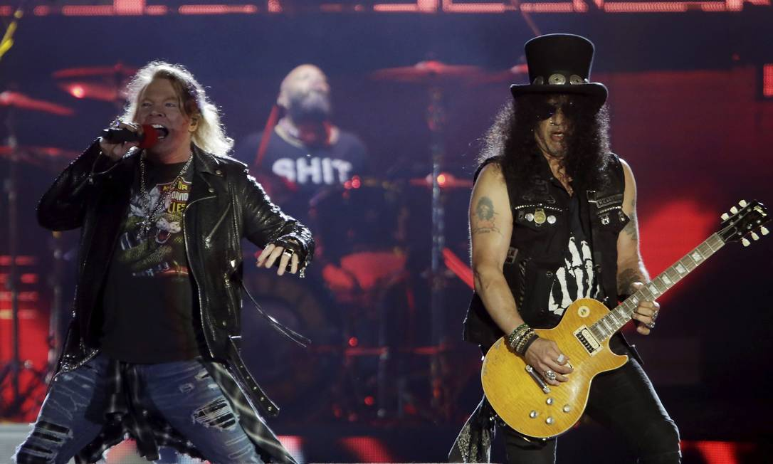 Axl Rose e Slash na volta do Guns N' Roses ao Rock in Rio: três horas de duração Foto: Marcelo Theobald / Agência O Globo