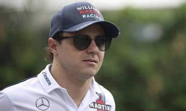 Felipe Massa pode não ficar na Williams em 2018 Foto: Yong Teck Lim / AP