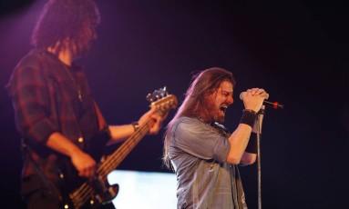 Em seu terceiro Rock in Rio consecutivo — nos palcos Sunset e Rock Street —, o Republica mostrou segurança em músicas influenciadas por bandas como Black Sabbath e Judas Priest. Foto: Marcelo Theobald / Agência O Globo