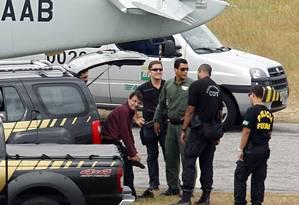 Cesare Battisti ao ser preso, em 2007 Foto: Vanderlei Almeida / /AFP