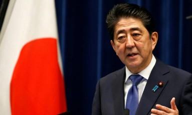 O primeiro-ministro do Japão, Shinzo Abe, em coletiva de imprensa para anunciar antecipação de eleições Foto: TORU HANAI / REUTERS