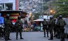 Operação conjunta entre as forças federais e estaduais continua na comunidade da Rocinha Foto: Uanderson Fernandes / Agência O Globo