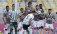 Barreira do Fluminense sobe em cobrança de falta do Palmeiras: tricolor vem de quatro jogos sem vitória e se aproxima do Z-4 Foto: Alexandre Cassiano / Agência O Globo