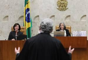 O advogado Antonio Cláudio Mariz de Oliveira, que defendeu Temer, questionou delação da JBS Foto: Ailton de Freitas / Agência O Globo 20/09/2017