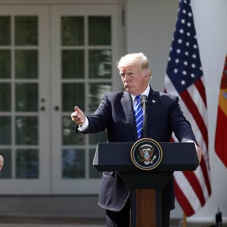 O presidente americano, Donald Trump, e o presidente do governo espanhol, Mariano Rajoy Foto: Alex Brandon / AP