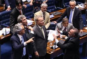 Em sessão tumultuada, Senado aprovou texto-base do projeto que cria o fundão eleitoral Foto: Ailton de Freitas / O Globo/Arquivo