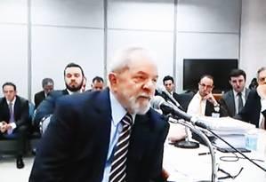 O ex-presidente Luiz Inácio Lula da Silva, durante depoimento ao juiz Sergio Moro em setembro Foto: Reprodução de vídeo
