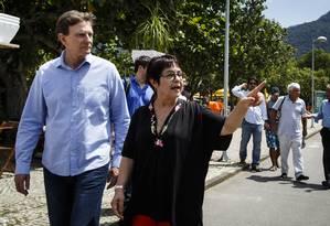 Aspásia e Crivella durante a campanha eleitoral de 2016 Foto: Fernando Lemos / Agência O Globo/15-10-2016