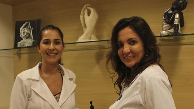 Ana Flávia (à esquerda) e Cláudia Jasmim: físico e emocional são tratados ao mesmo tempo Foto: Agência O Globo / Ana Beatriz Marin