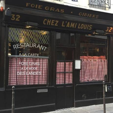 Bistrô. O ambiente parisiense do Chez l'Ami Louis resiste ao tempo. No cardápio, a porção de escargots é uma das especialidades Foto: Fotos de Claudia Sarmento