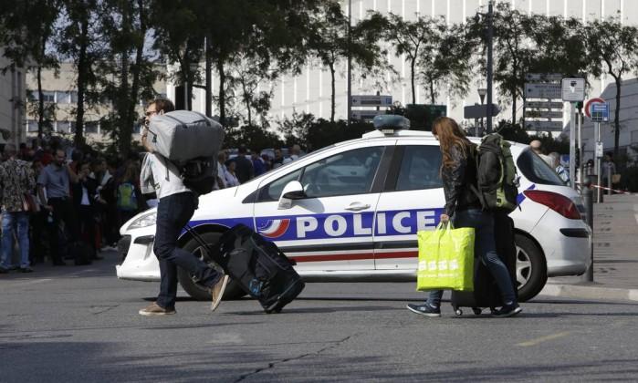 Ataque a faca termina em mortes na França