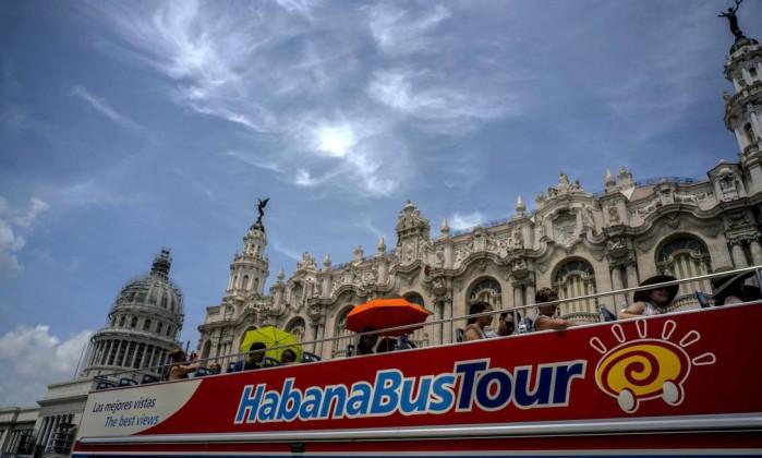 EUA expulsam 15 diplomatas cubanos após