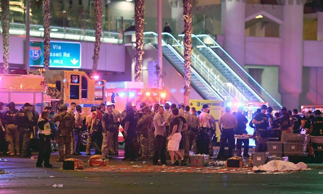 A polícia disse que acreditava ter encontrado uma mulher chamada Marilou Danley, que seria companheira do atirador Foto: Ethan Miller / AFP