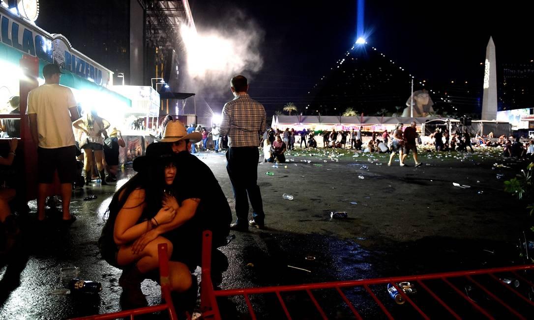MASSACRE EM LAS VEGAS: POLÍCIA CONTINUA NA BUSCA DE UM MOTIVO DO TERRORISTA