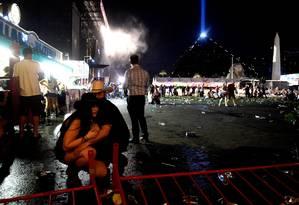 Atirador deixou 50 mortos e mais de 400 feridos durante show em Las Vegas Foto: DAVID BECKER / AFP