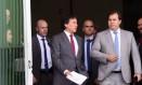 Presidente do Senado Eunício Oliveira (PMDB-CE), ao lado do presidente da Câmara Rodrigo Maia (DEM-RJ), após reunião com a presidente do STF Cármen Lúcia - 02/09/2017 Foto: Givaldo Barbosa / Agência O Globo