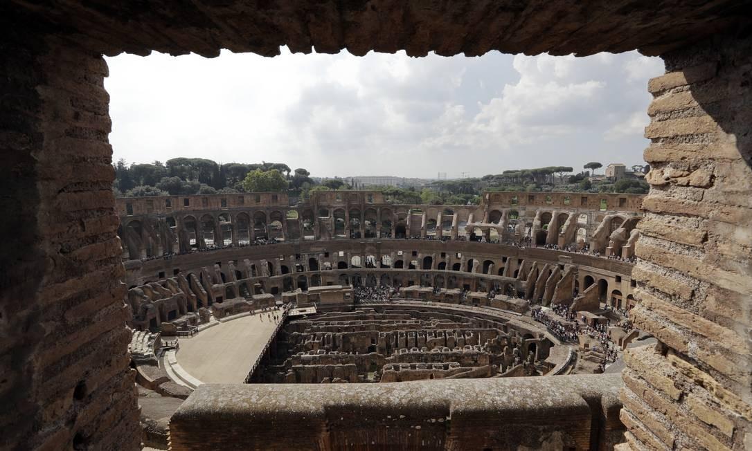 Uma janela do quinto nível do Coliseu romano, que será aberto ao público após 40 anos Foto: Andrew Medichini / AP