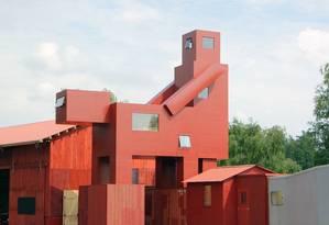 Escultura 'Domestikator', do Atelier Van Lieshout's Foto: Divulgação