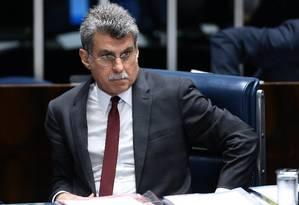 O senador Romero Jucá (PMDB-RR) em sessão plenária do Senado Federal Foto: Jorge William / Agência O Globo