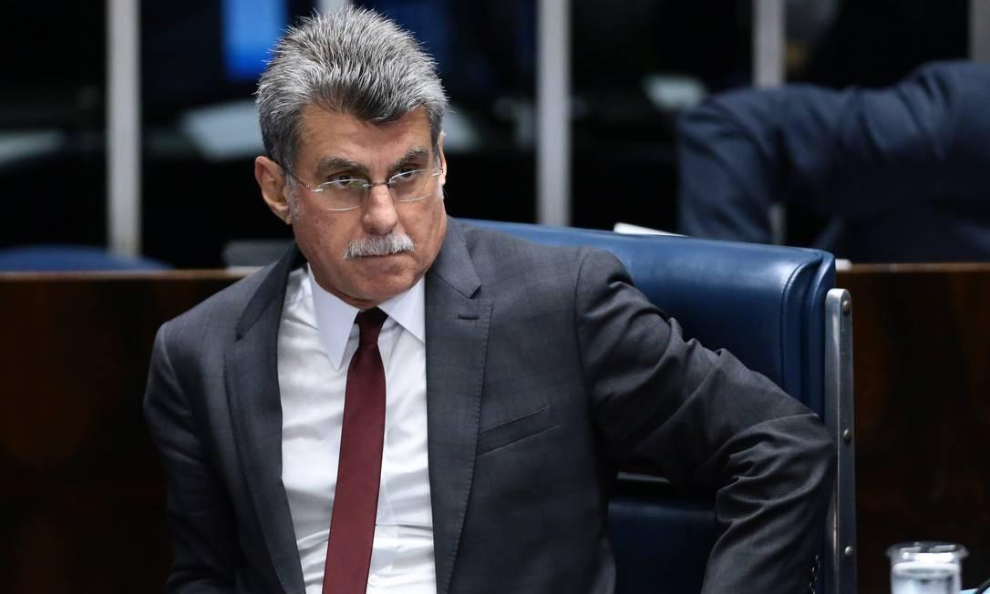 Romero Jucá trocou ofensas com o senador Telmário Mota (PROS-RR) Foto: Jorge William / Agência O Globo