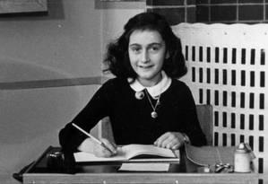 Anne Frank na escola em que estudava em Amsterdã Foto: WIKIPEDIA