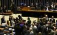Plenário da Câmara durante discussão e votação da reforma política