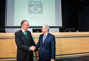 Paulo Wanderley ao lado de Carlos Arthur Nuzman Foto: Heitor Vilela / Heitor Vilela/COB