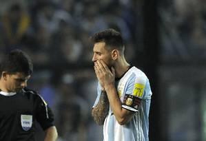 Messi lamenta chance perdida na Bombonera Foto: ALEJANDRO PAGNI / AFP