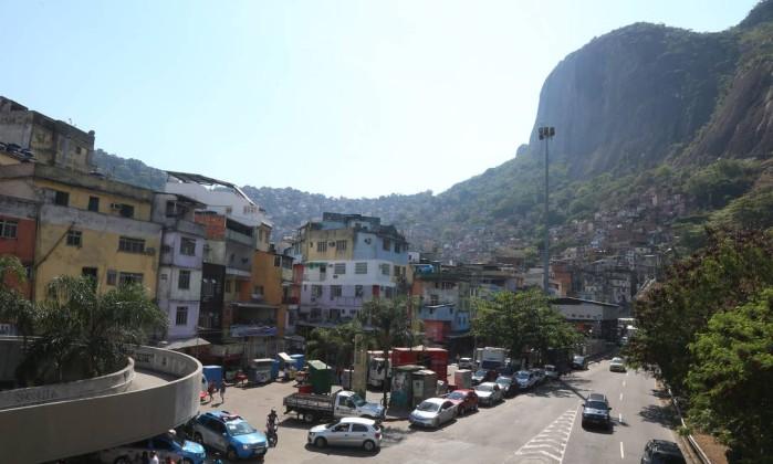 No Rio, Pezão é aprovado só por 3%; Crivella, por 16%