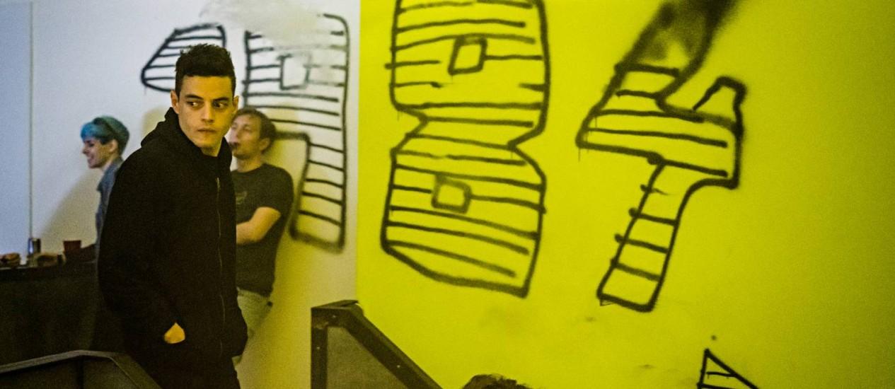 Rami Malek em cena da terceira temporada de 'Mr. Robot' Foto: Michael Parmelee/Divulgação